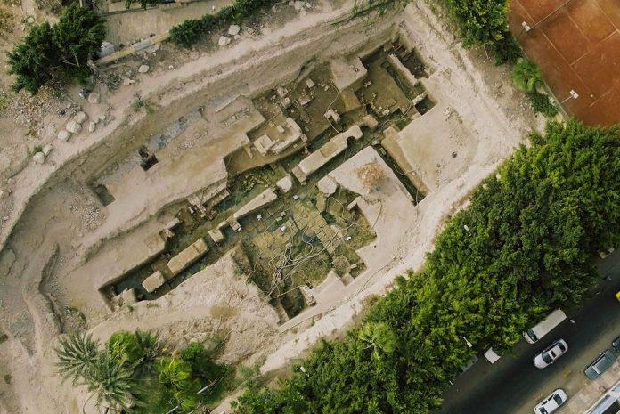 cimientos posible tumba alejandro mango